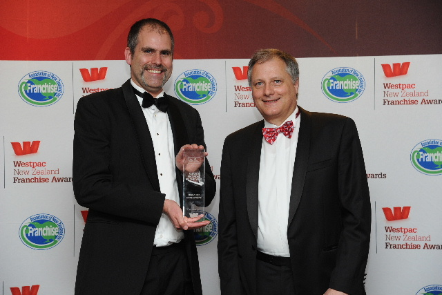 Dr Callum Floyd of Franchize Consultants (left) receiving yet another Service Provider of the Year award from Daniel Cloete, National Franchise Manager of Westpac.