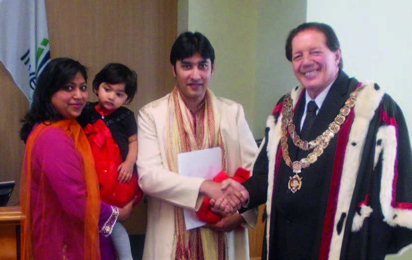 Ashneer and Durgeshni Datt were welcomed to their new region by Invercargill mayor Tim Shadbolt